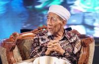 Indonesia Bersyariah dalam Perspektif KH. Maimun Zubair (?)